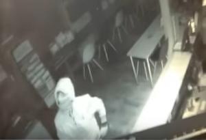 Νέα Κίος: Η κλοπή στην κάμερα! – video