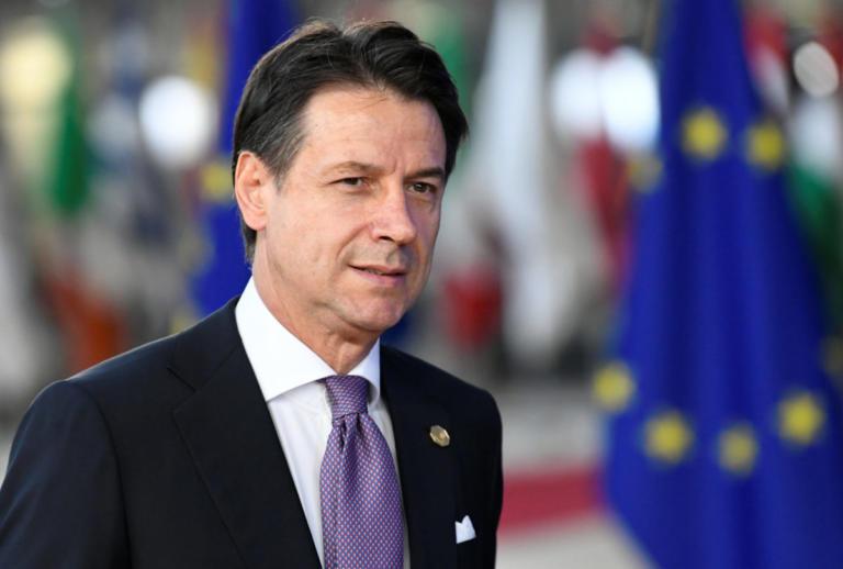 """Ιταλία: """"Πράσινο φως"""" από την Βουλή για τον… πολύκροτο προϋπολογισμό"""