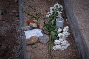 Ραγίζει καρδιές ο πυροσβέστης που έχασε γυναίκα και παιδί στο Μάτι – video