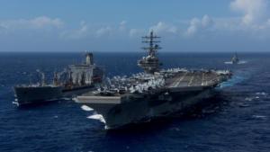 Στρατιωτικό ελικόπτερο συνετρίβη πάνω στο κατάστρωμα του USS Ronald Reagan