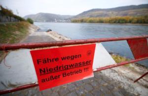 Ρήνος: Χαμηλότερη από ποτέ η στάθμη του νερού ελλείψει βροχής!
