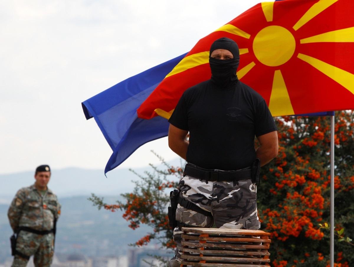 """Πόσο το... κεφάλι; Σοκαριστικές καταγγελίες στα Σκόπια για δωροδοκίες, εκβιασμούς και """"ζωοπανήγυρη""""!"""