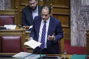 Βουλή: Βαριές κουβέντες και άγριος καυγάς μεταξύ Σπίρτζη και Μανιάτη