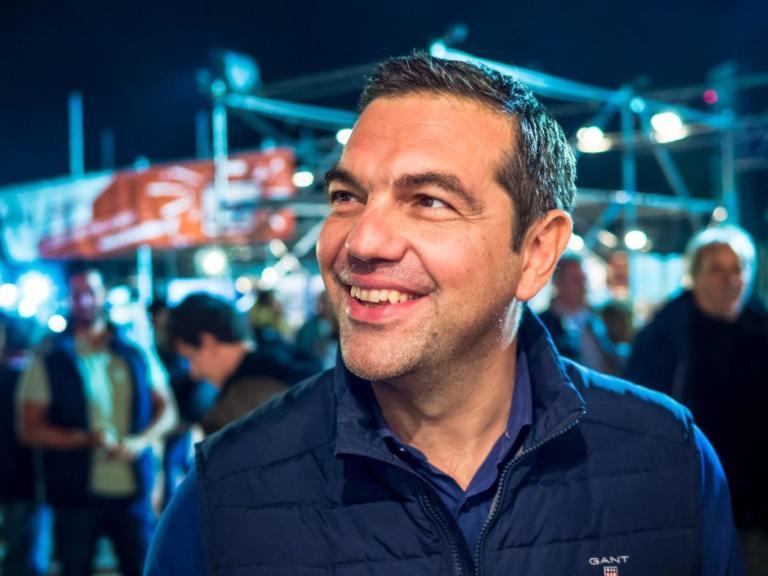 Αλέξης Τσίπρας και Μπέτυ Μπαζιάνα casual και χαμογελαστοί στο Σπούτνικ Festival [pics]