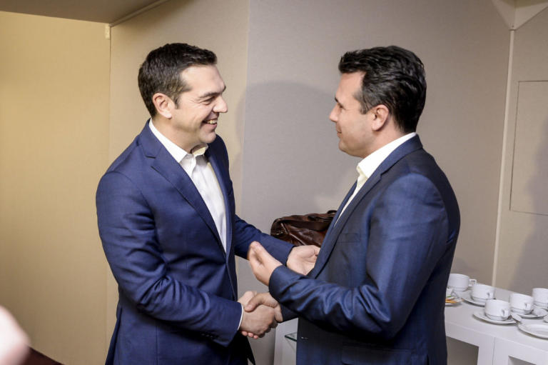 Τηλεφώνημα Τσίπρα σε Ζάεφ για τα… συγχαρητήρια
