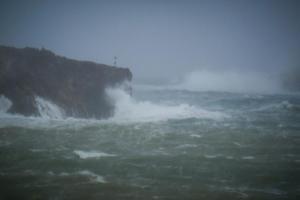 Τρόμο προκαλεί ο κυκλώνας Λέσλι – Θα χτυπήσει Πορτογαλία και Ισπανία