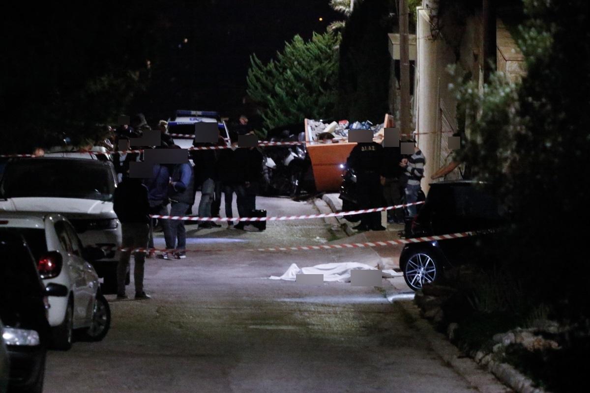 """Δολοφονία επιχειρηματία στη Βούλα: Αίμα πριν τα εγκαίνια – Γιατί οι αστυνομικοί """"τσεκάρουν"""" τη Μύκονο"""