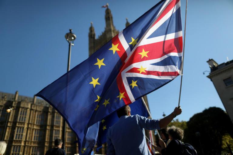 Bloomberg: Η Ευρώπη είναι η πραγματική νικήτρια του Brexit