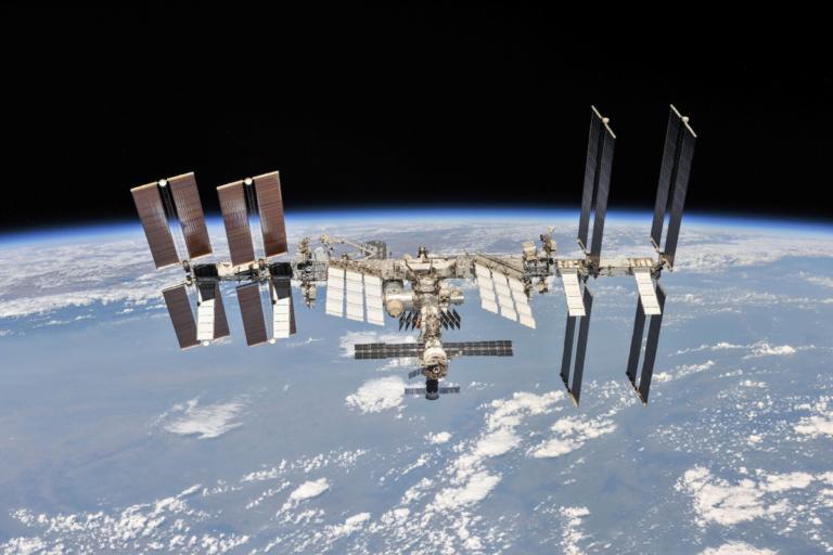 Χάλασε ηλεκτρονικός υπολογιστής του Διεθνούς Διαστημικού Σταθμού – Οδηγίες στους αστροναύτες για restart!