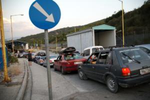"""Κωνσταντίνος Κατσίφας: Οι Αλβανοί """"έγδυσαν"""" Έλληνα που πήγαινε για την κηδεία – Απαγορεύουν και τις ελληνικές σημαίες"""