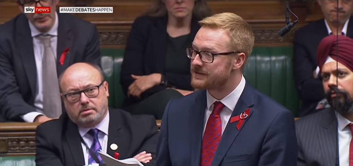 Βουλευτής αποκάλυψε ότι είναι οροθετικός