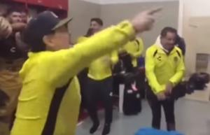 Σάλος με Μαραντόνα στο Μεξικό! Επιτέθηκε σε οπαδούς μετά τον τελικό – video
