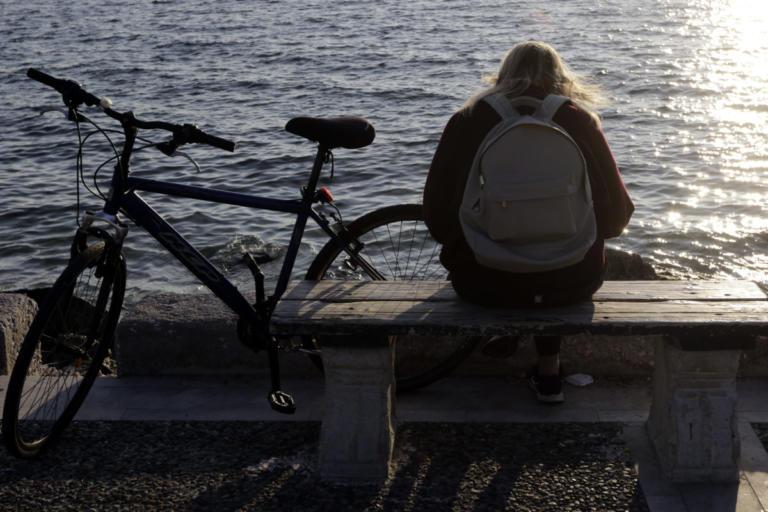 Εύβοια: Τσαντάκηδες εναντίον ποδηλάτισσας, σημειώσατε διπλό!