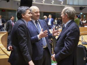 """Το eurogroup """"βλέπει"""" σήμερα τις μειώσεις στις συντάξεις"""