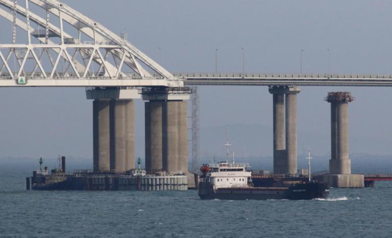 ΗΠΑ κατά Ρωσίας: Παράνομη ενέργεια η παρεμπόδιση Ουκρανικών πλοίων