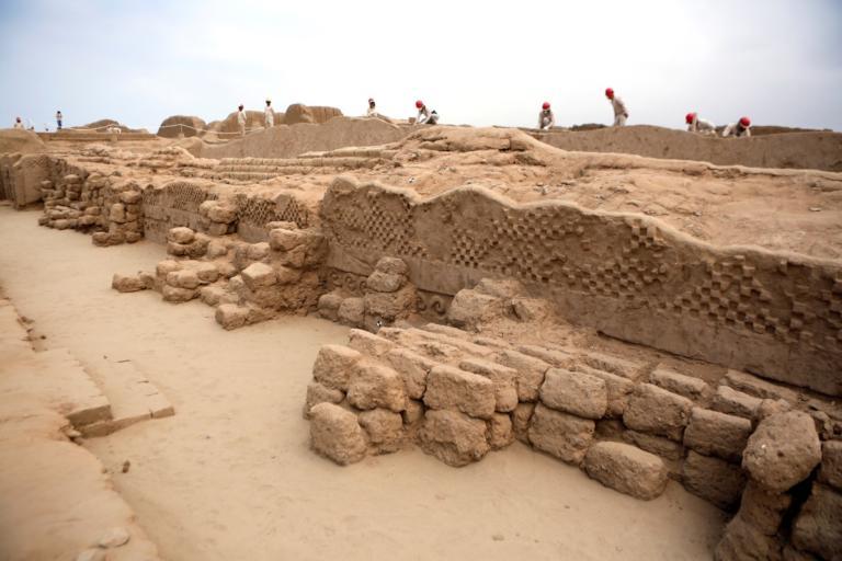 Δέος! Ανακάλυψαν αντικείμενα 4.000 ετών σε ανασκαφή στο Κάιρο