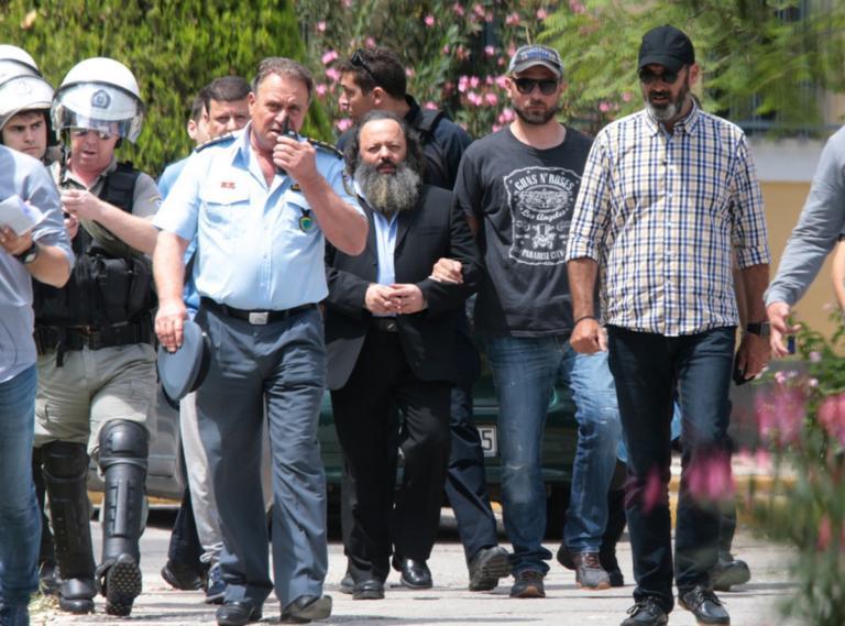 Αρτέμης Σώρρας: «Ελευθερώστε με να σώσω την Ελλάδα»!