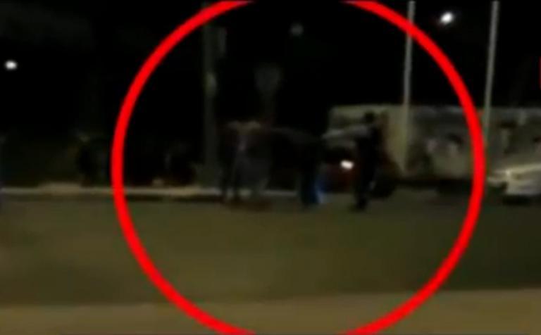 Βίντεο ντοκουμέντο: Οι αστυνομικοί δέχονται άγρια επίθεση στην Πειραιώς! Πυροβολισμοί και ξύλο!