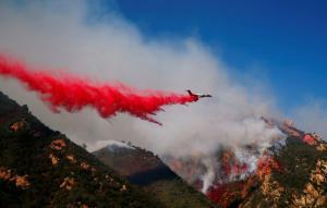 Θάνατος και καταστροφή στην Καλιφόρνια: 31 νεκροί, 228 αγνοούμενοι από τις φωτιές