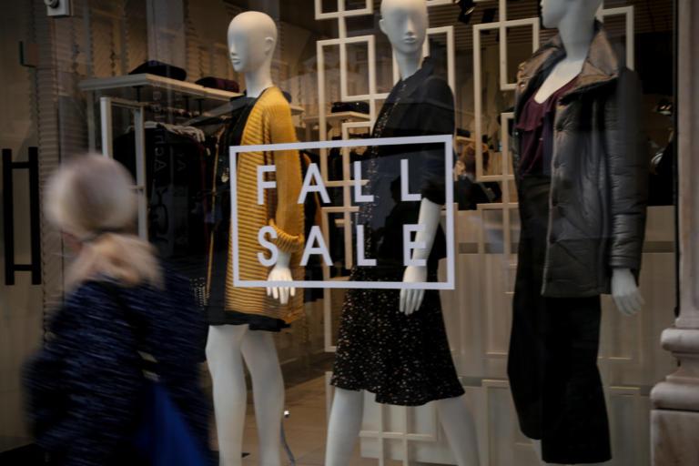 Κυριακή με ανοιχτά καταστήματα – Αναλυτικά οι ώρες λειτουργίας