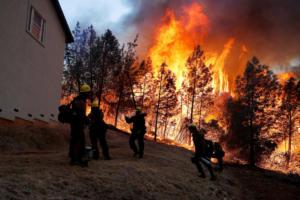 Φωτιές στην Καλιφόρνια: Στους 87 οι νεκροί, εκατοντάδες αγνοούμενοι