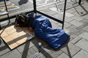 Λονδίνο: Έλληνας άστεγος πέθανε αβοήθητος έξω από αστυνομικό τμήμα
