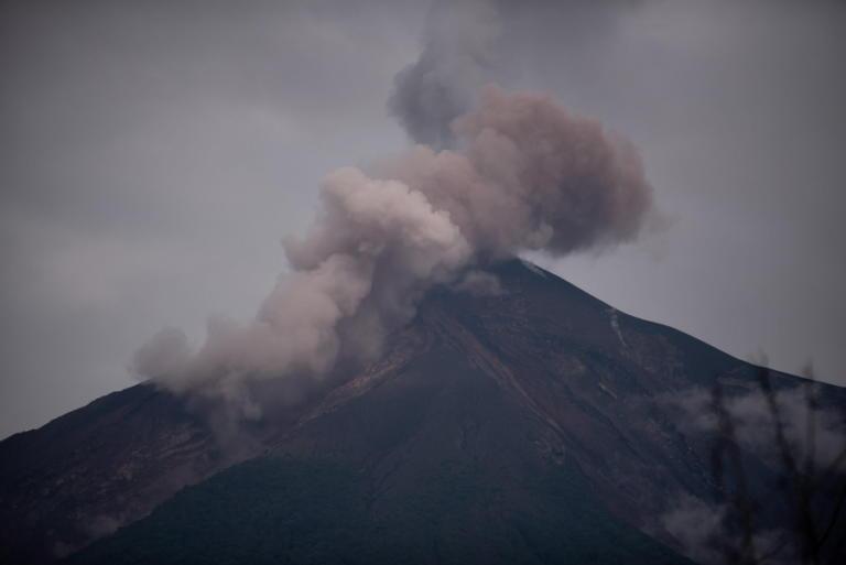 Ο τρόμος επιστρέφει στην Γουατεμάλα! Νέες εκρήξεις στο ηφαίστειο Ελ Φουέγο
