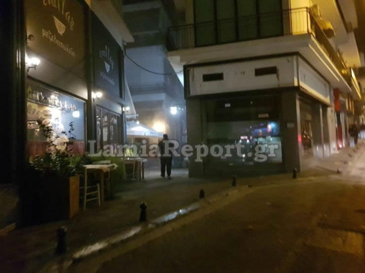 """Λαμία: Καμινάδα… """"ντουμάνιασε"""" το κέντρο της πόλης! [pics]"""