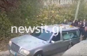 Κωνσταντίνος Κατσίφας: Έφτασε στο σπίτι του στους Βουλιαράτες η σορός του – video