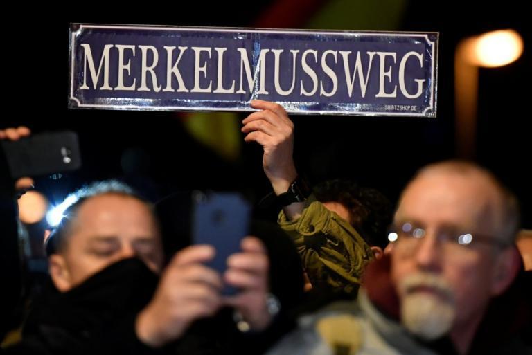 Μέρκελ: Χωρίς φόβο απέναντι σε χιλιάδες ακροδεξιούς [pics]