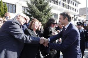 Καστοριά: Επίθεση Μητσοτάκη σε Τσίπρα – Καμμένο και ατάκες για προσλήψεις, εκλογές και τη συμφωνία των Πρεσπών [pics]