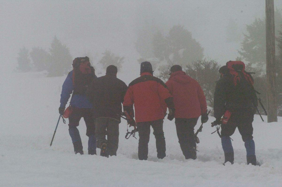 Μέτσοβο: Αγωνία για τους τέσσερις εγκλωβισμένους ορειβάτες