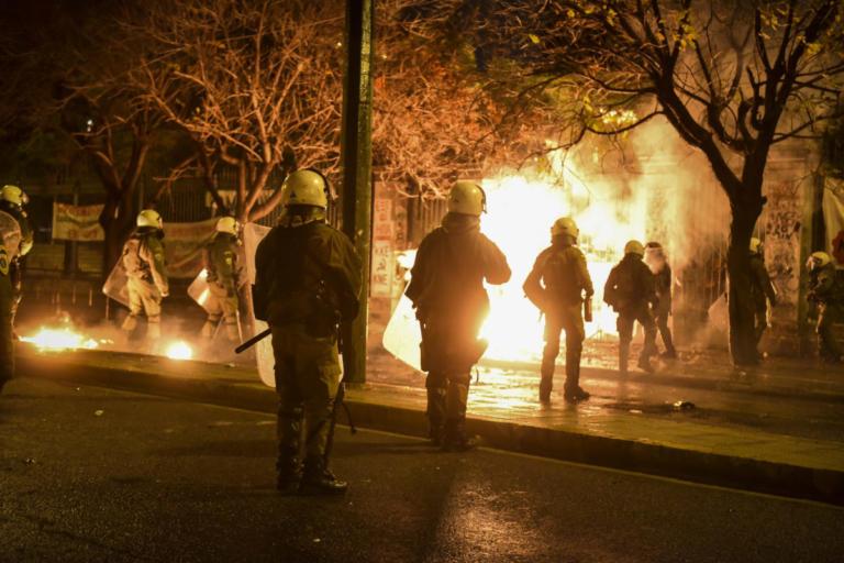 Δίωξη για κακούργημα σε 6 από τους συλληφθέντες στο Πολυτεχνείο
