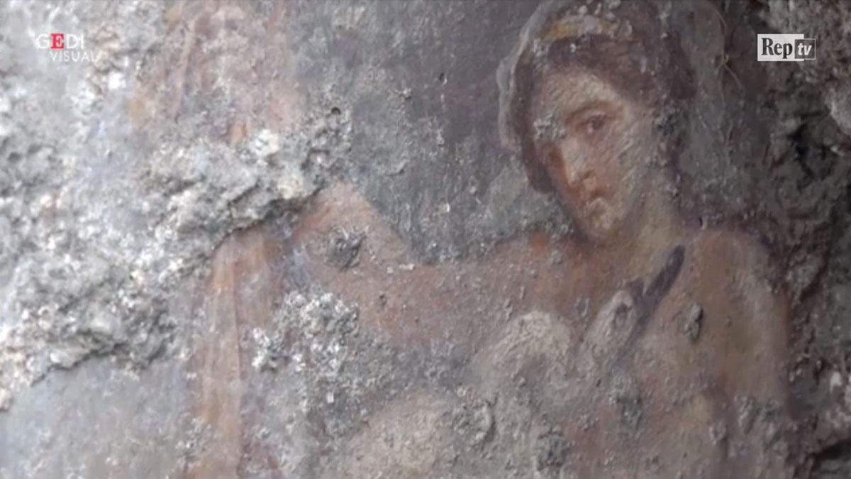 Πομπηία: Σπουδαία αρχαιολογική ανακάλυψη - Η Βασίλισσα της Σπάρτης Λήδα μένει έγκυος από τον Δία