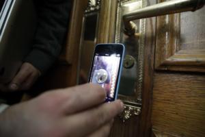 Θεσσαλονίκη: Επιστήμονες στις διαρρήξεις – Οι πόρτες ασφαλείας δεν προστάτεψαν τους ιδιοκτήτες των σπιτιών!