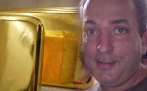 Ο ενεχυροδανειστής Ριχάρδος και άλλοι 67 στο κύκλωμα – Έξι εκατομμύρια ευρώ το μήνα έβγαζαν από τον κλεμμένο χρυσό