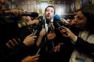 Σαλβίνι: Αν η ΕΕ μας επιβάλλει κυρώσεις, θα χάσει η Ευρώπη κι όχι εμείς