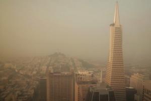 """Καλιφόρνια: Οι καπνοί της φωτιάς """"πνίγουν"""" το Σαν Φρανσίσκο! Συγκλονιστικές εικόνες"""