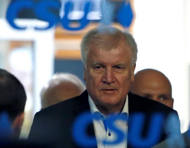 Παραιτείται από την ηγεσία του CSU ο Χορστ Ζεεχόφερ