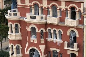 """Θεσσαλονίκη: Άλλαξε εικόνα το θρυλικό """"κόκκινο σπίτι"""" – Σε πλήρη εξέλιξη η ανακατασκευή του – video"""