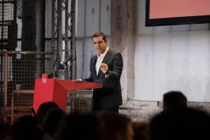 Τσίπρας στο SPD: Το καθαρό μυαλό με βοήθησε τον Ιούλιο του '15