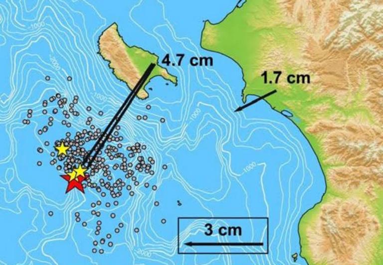 """Ζάκυνθος: """"Ο σεισμός μετακίνησε το νησί κατά 5 εκατοστά"""" – Προβληματίζει η ανάλυση του Άκη Τσελέντη για τη σεισμική ακολουθία [pic]"""