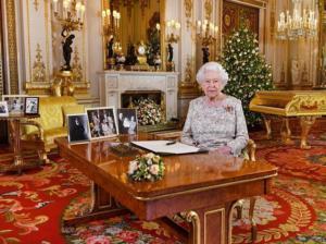Βασίλισσα Ελισάβετ: Από Ιησού και Brexit μέχρι Μέγκαν και Εθνική Αγγλίας στο μήνυμά της!