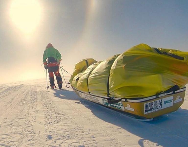 Έπος! Διέσχισε την Ανταρκτική με σκι χωρίς βοήθεια [pics]
