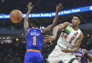 "NBA: Έχουν γίνει ""πελάτες"" οι Νικς! Νέα ""τριαντάρα"" από τον Αντετοκούνμπο – video"