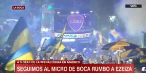 Μπόκα Τζούνιορς: Χιλιάδες οπαδοί συνόδευσαν την αποστολή στο αεροδρόμιο!