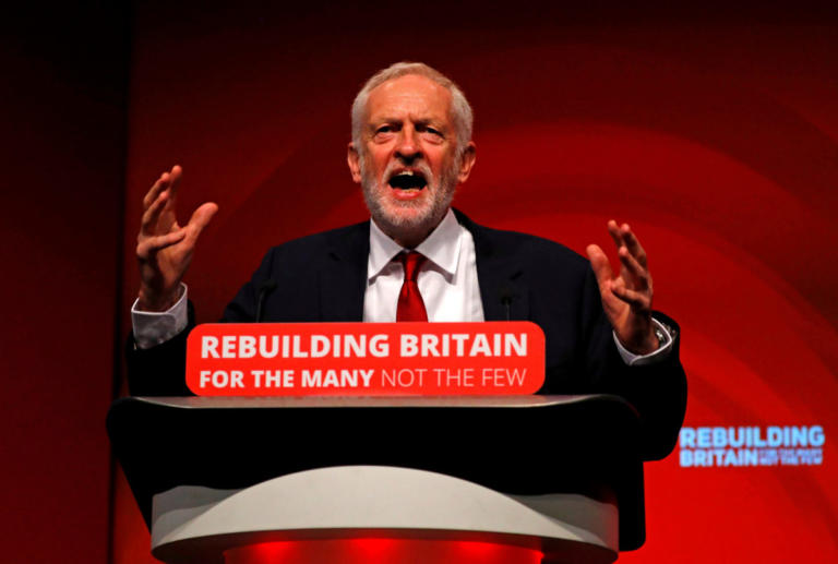Brexit: Πρόταση μομφής κατά της Μέι ετοιμάζει το Εργατικό Κόμμα