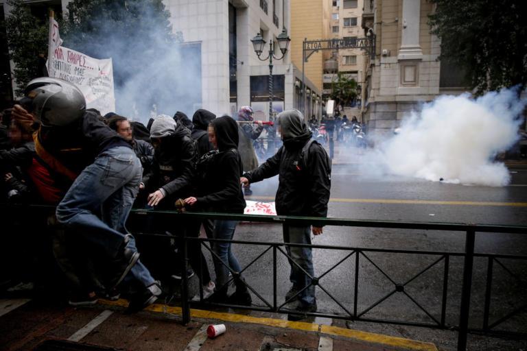Αλέξανδρος Γρηγορόπουλος: 24 οι προσαγωγές για τα επεισόδια στην πλατεία Κλαυθμώνος