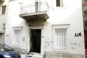 Ελεύθεροι οι ύποπτοι για την επίθεση στο σπίτι του Α. Φλαμπουράρη – Οργή των αστυνομικών