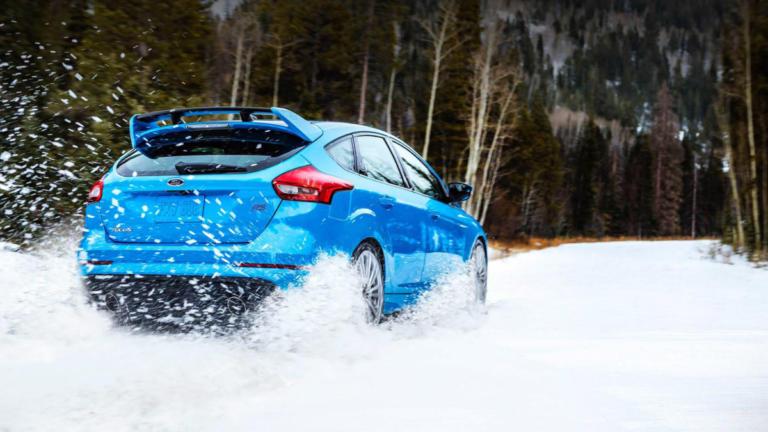 Χρήσιμες συμβουλές για τη χειμερινή οδήγηση από τη Ford [vid]